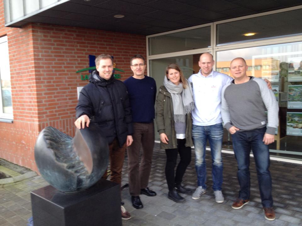 Runar, Erik, Turid og Noralv på erfaringsutveksling i Danmark. Til høgre Jens Melgaard, dansk rådgjevar.
